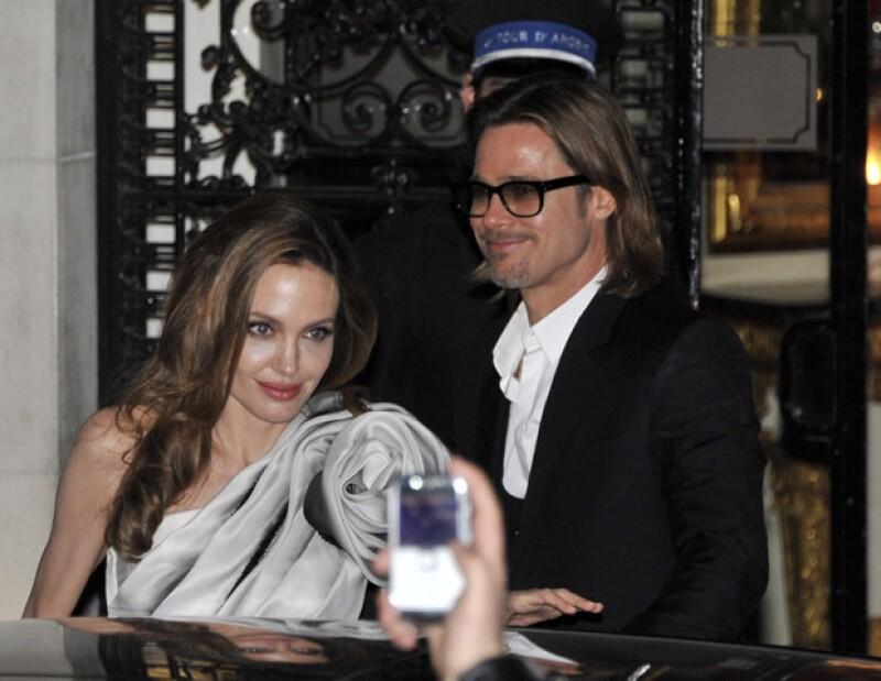 El actor le propuso matrimonio a Angelina a principios de año e insiste en que aún no han decidido la fecha para el enlace ya que están esperan hacerlo una vez se legalice el matrimonio gay.