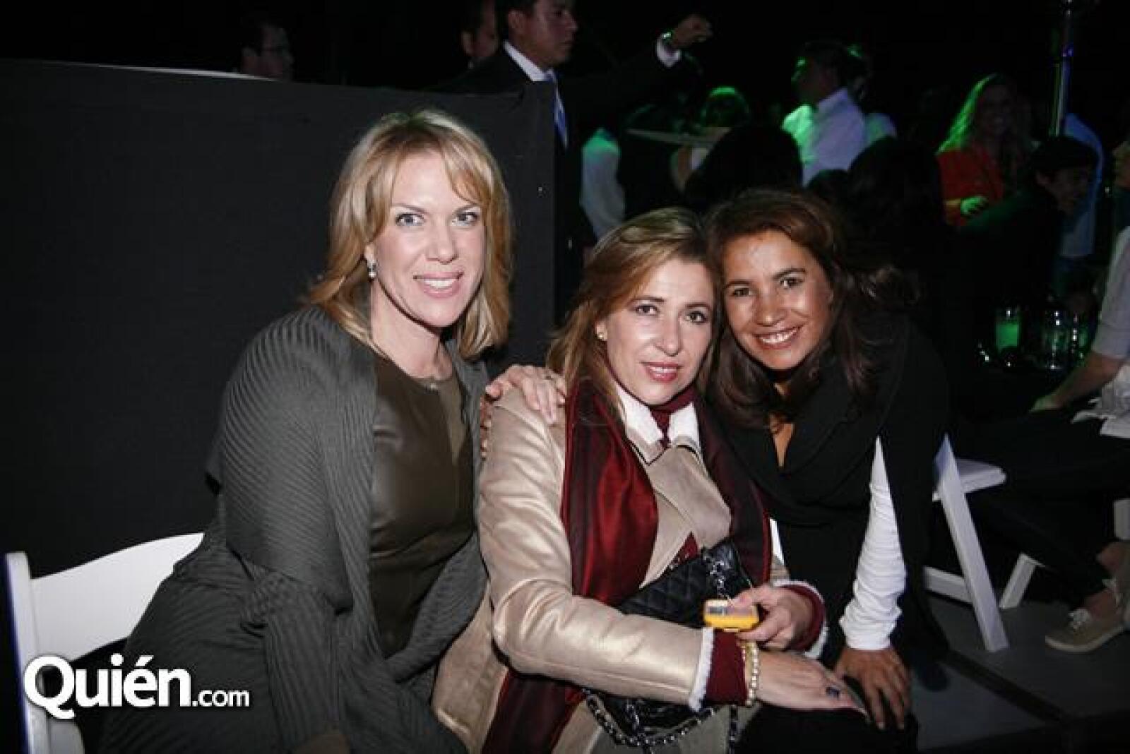 Karen Leonard,Ana Paola Castañon,Queta Ortiz