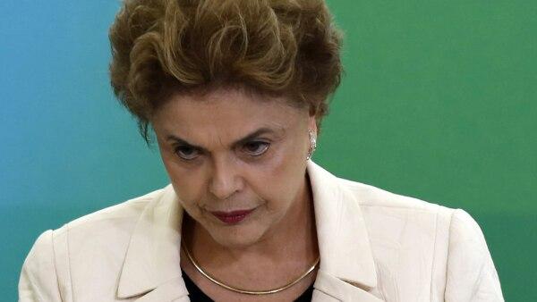 Dilma Rousseff podría ser llevada a juicio político por infringir leyes presupuestarias.