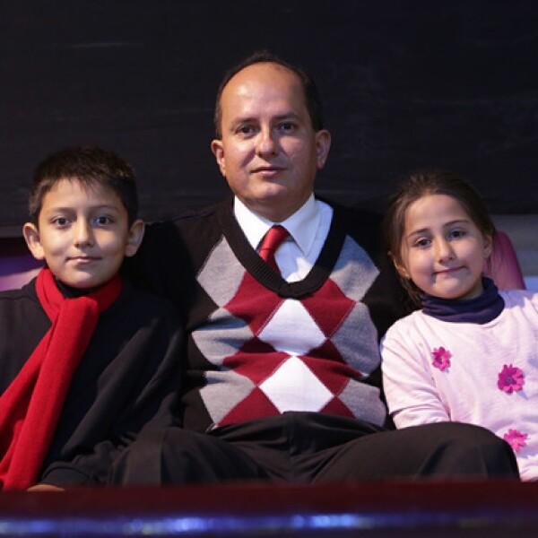 Carlos,Carlos y Karen Martínez