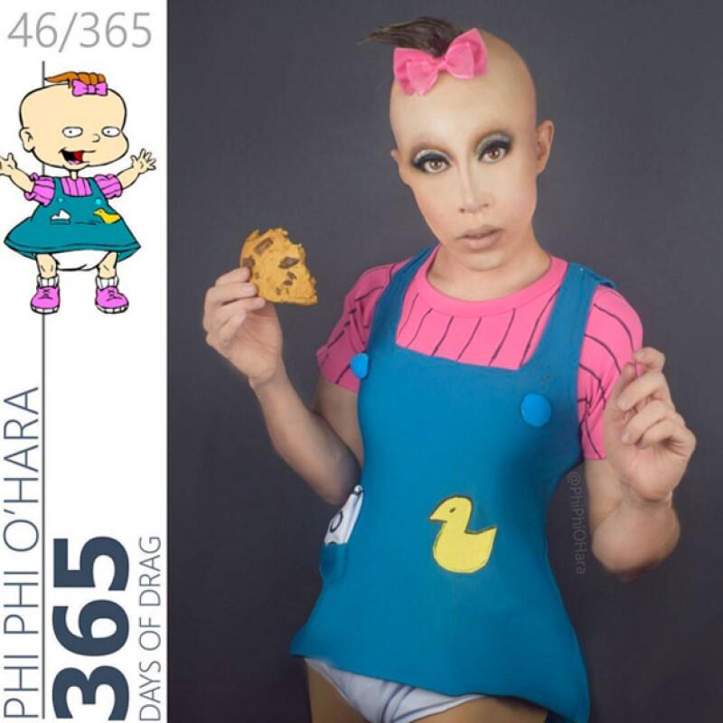 """Phi Phi O'Hara, quien fuera concursante de Ru Paul's Drag Race, se ha disfrazado de diferentes personajes animados de series como """"Hey, Arnold!"""" o """"Rugrats"""" y ha publicado las fotos en Instagram."""