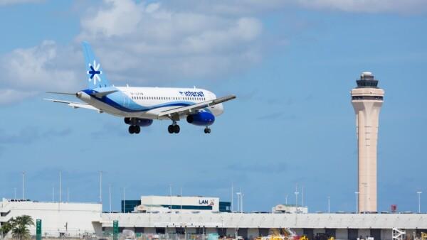 La aerolínea mexicana Interjet despide al 10% de su plantilla
