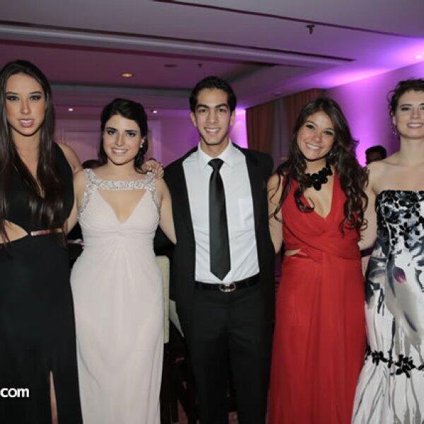 Elena Bosque,Daniela Torres,Yusif Kahwagi,Daniela Lascurain,Natalia Salinas