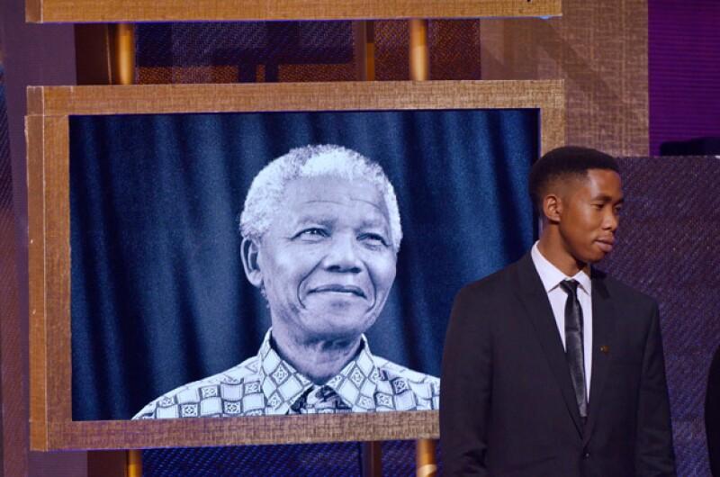 Mbuso Mandela, de 24 años, es culpado de haber abusado de una joven de 15 años adentro de un baño en el sur de África.