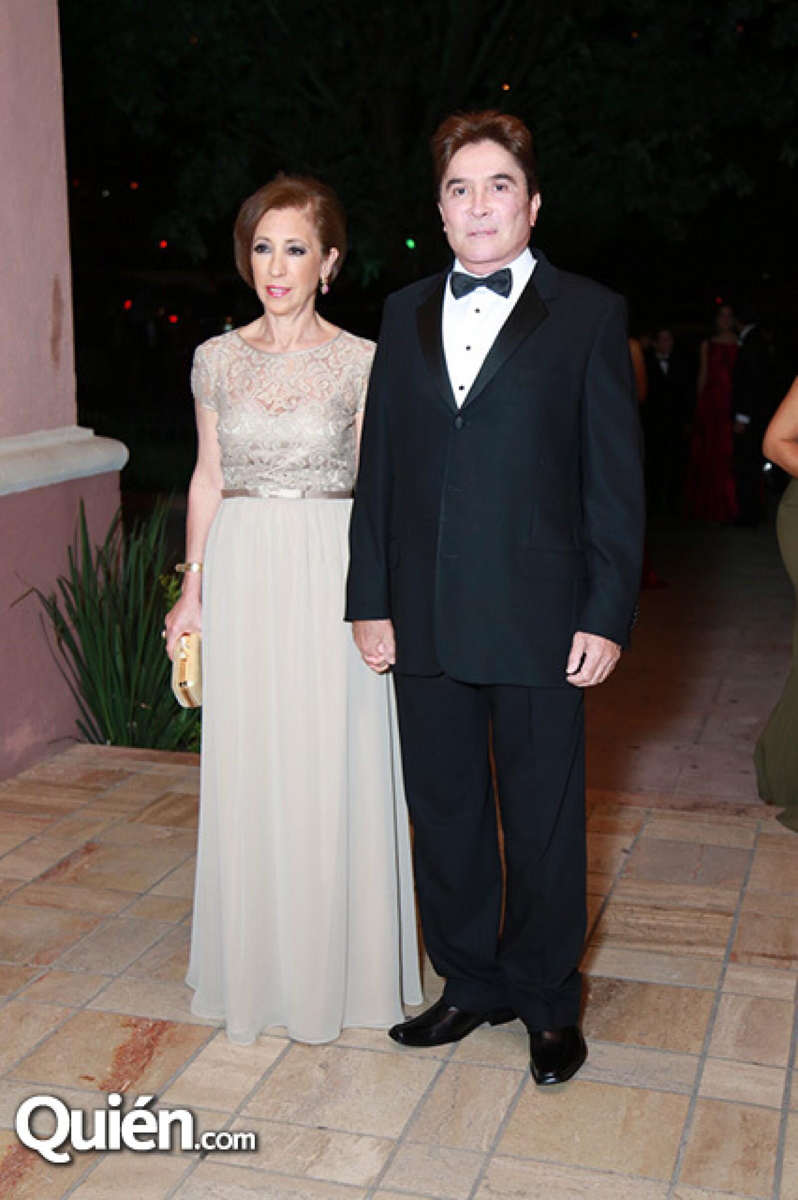 Adriana Sánchez de Zepeda y Edmundo Zepda