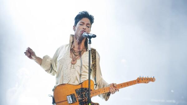 El material que dejó como legado Prince podría no tener un dueño de momento.