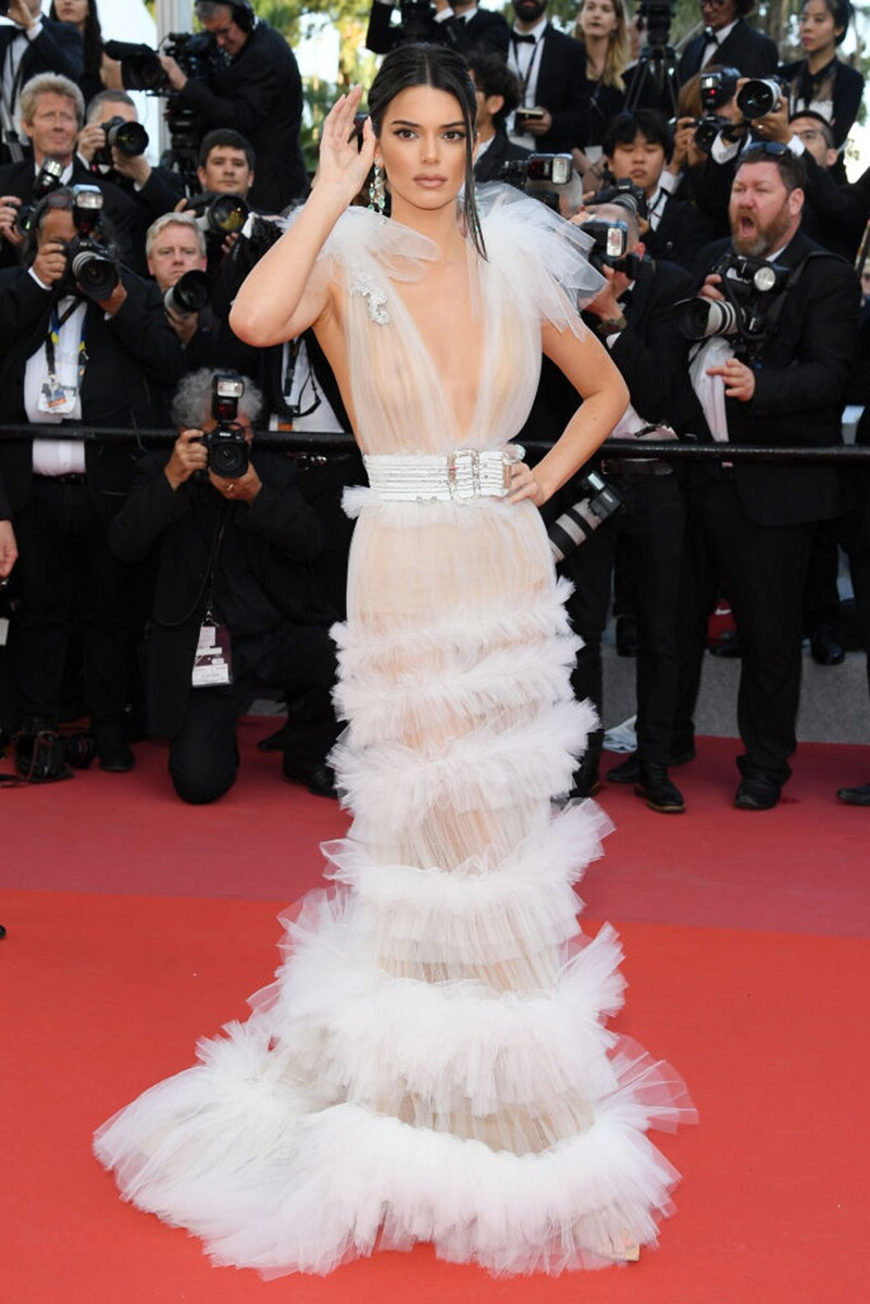 kendall jenner red carpet cannes