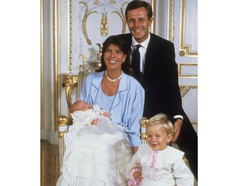 La pareja formaba un matrimonio feliz. Tuvieron tres hijos Carlota Andrea y Pierre.
