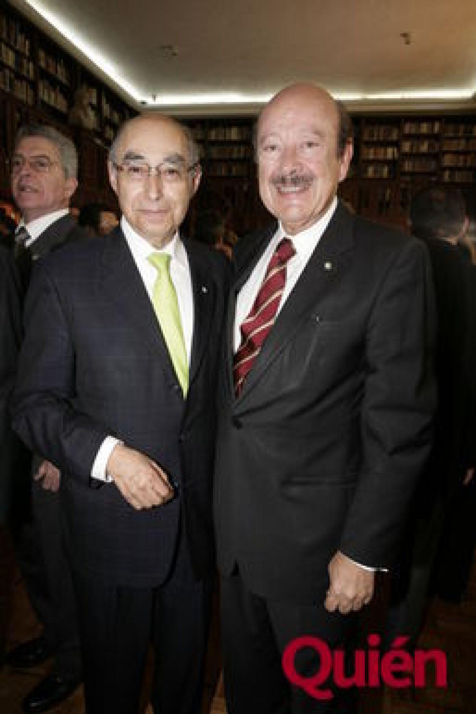Carlos Sandoval, Julio Millán