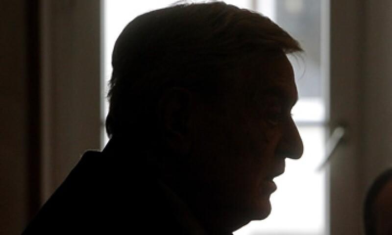 Yo creo que el mayor peligro es en realidad, y potencialmente, una guerra cambiaria, dijo Soros.  (Foto: AP)