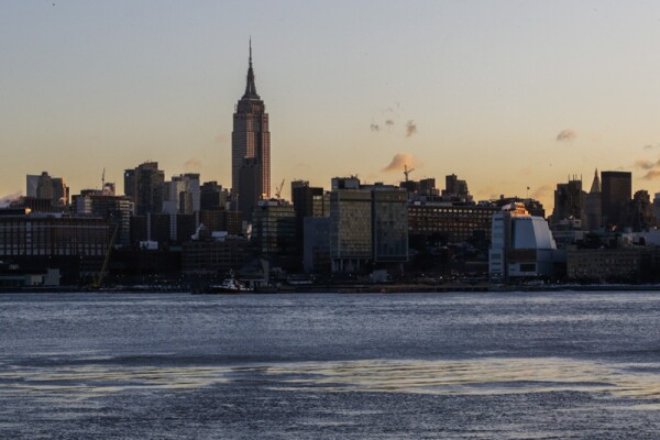 Frigid Cold Snap Continues In New York City As Temperatures Dip Into Single Digits