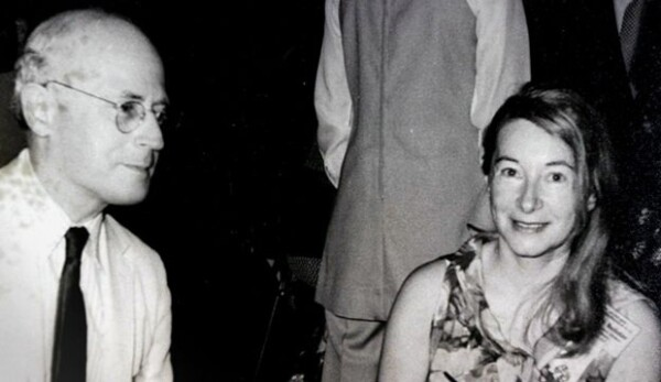 Anna-Teresa Tymieniecka con su esposo Hendrik Houthakker.