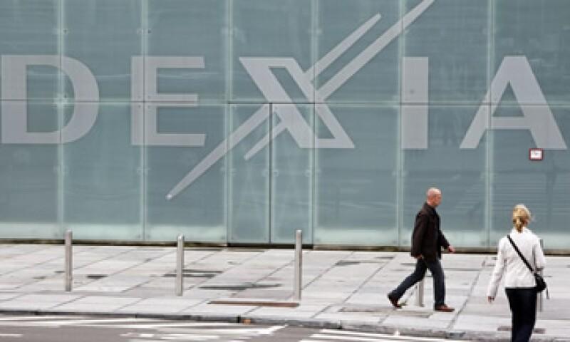 Además de la nacionalización, Bélgica, Francia y Luxemburgo aportarán en total 121,000 mdd en fondo de garantía para Dexia hasta por 10 años.  (Foto: Reuters)