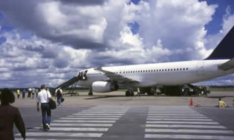 El Gobierno norteamericano recomienda a sus ciudadanos viajar en avión. (Foto: Getty Images)
