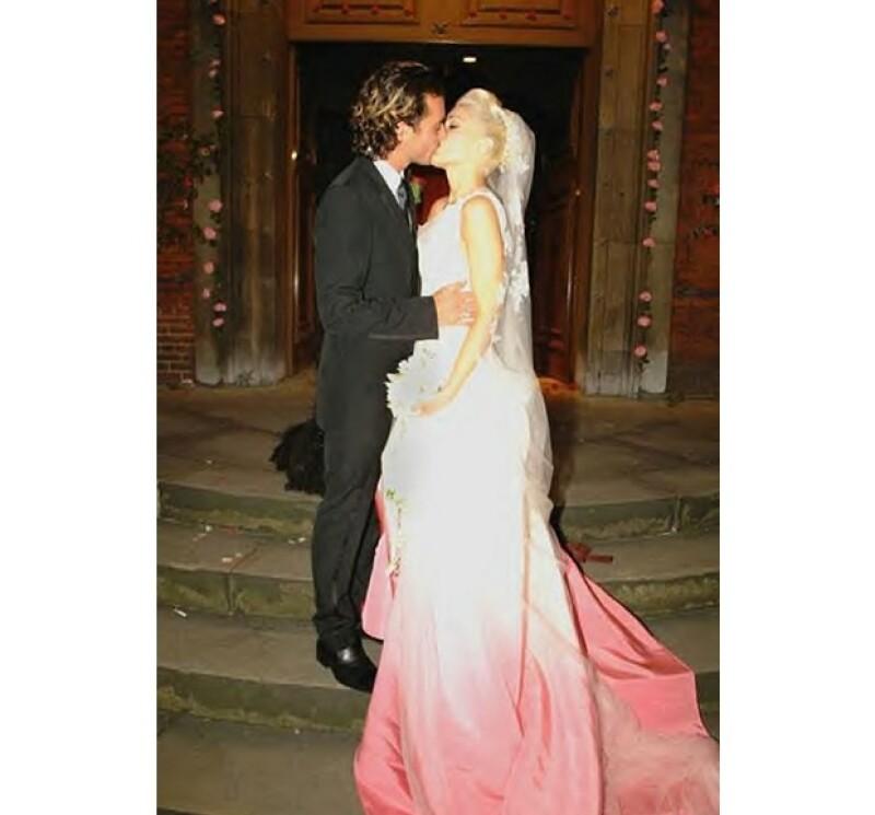 Gwen Stefani fue de las pioneras en usar vestidos de novia arriesgados.