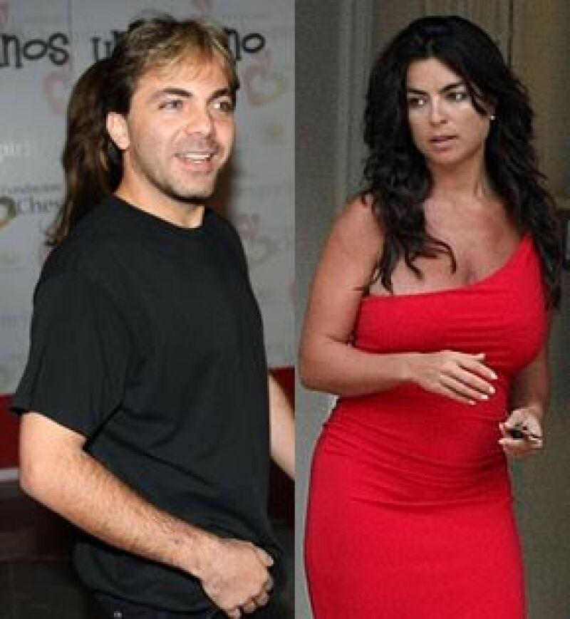 La cita programada para este martes fue cancelada debido a que los abogados del cantante y Valeria Liberman lograron arreglar fuera de la corte el pago de unas cuentas pendientes.