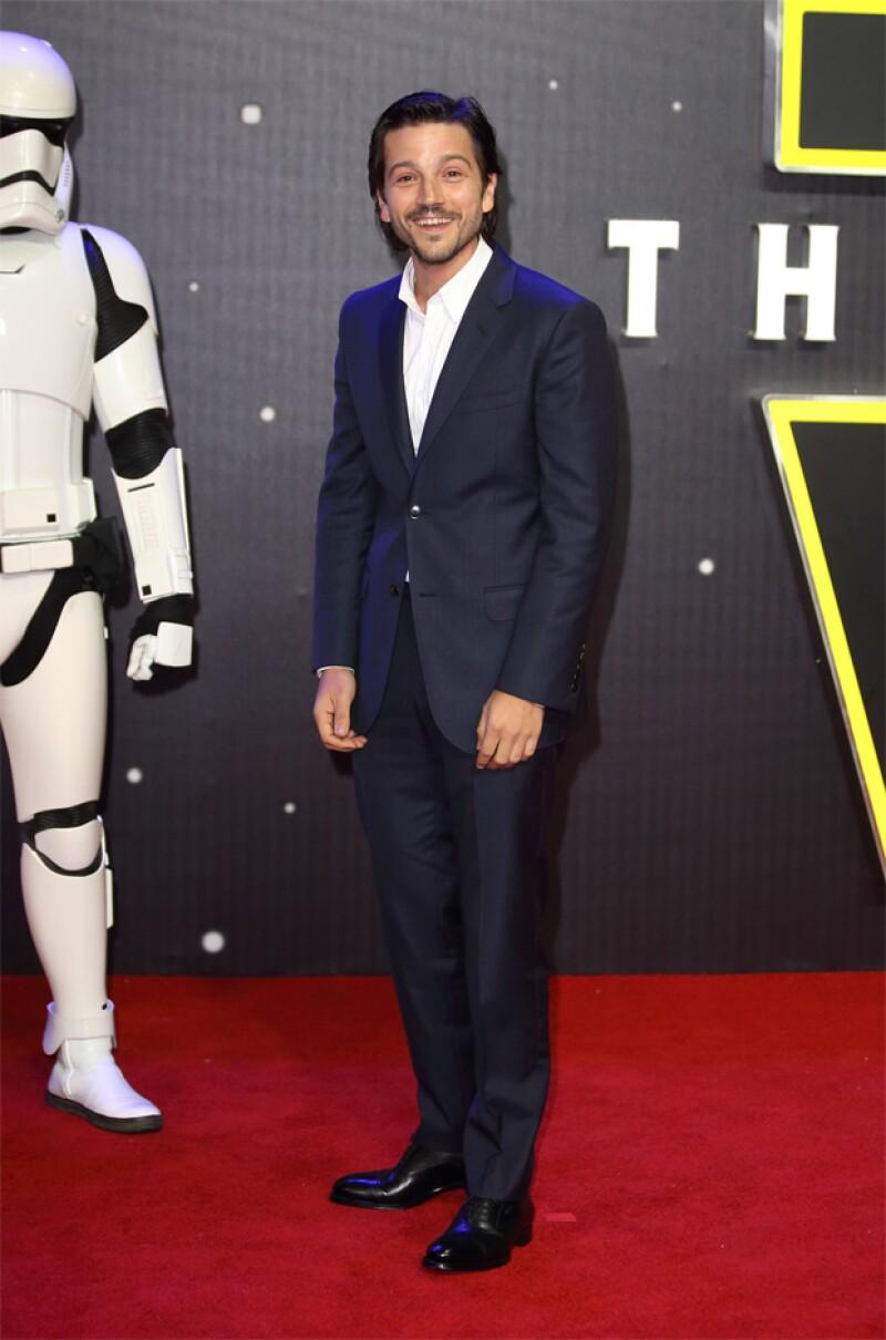 El actor de 36 años nos habló del hermetismo en torno a los detalles del rodaje de Star Wars: Rogue One y nos confesó que los ha mantenido en secreto hasta para su propia familia.