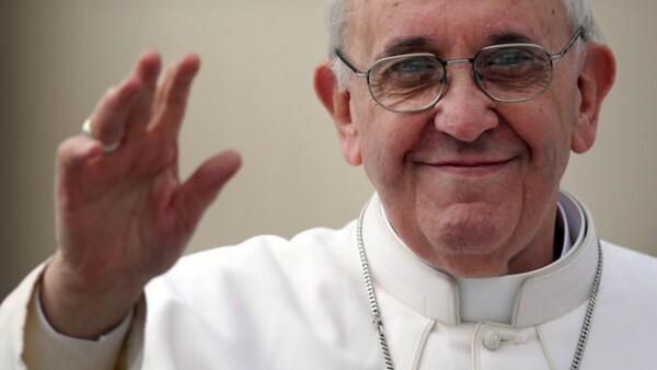 """El pontífice reveló que en su viaje a México planea visitar Morelia, y """"casi seguramente"""" Ciudad Juárez; buscará ir a ciudades nunca antes visitadas por un papa."""