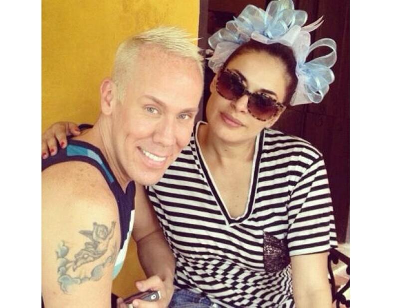La conductora y su esposo Fernando Reina decidieron que fuera en Mérida, Yucatán, donde su hijo Mateo, de siete meses, recibiera la bendición.