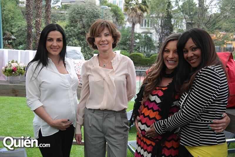 Las cantantes disfrutaron del baby shower junto a su anfitriona, Angelines Aboumbrad.