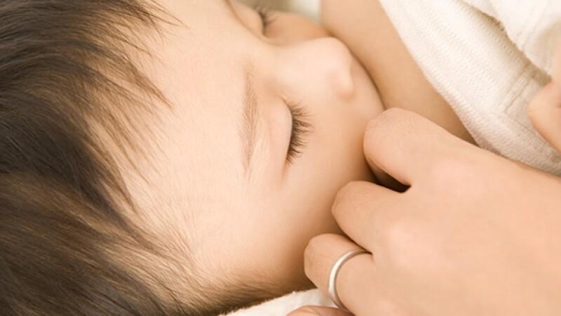 breast feed mamar baby