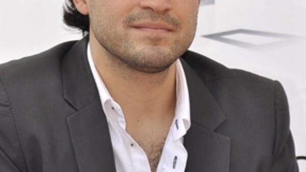 El actor mexicano fue invitado a sumarse a la Fundación Proyecto Non-Violence, de Yoko Ono, como Embajador Global para transmitir su mensaje de paz y no violencia.