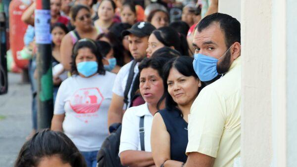 Emergencia sanitaria por el COVID-19 disminuye personas que circulan por la ciudad de Cuernavaca.