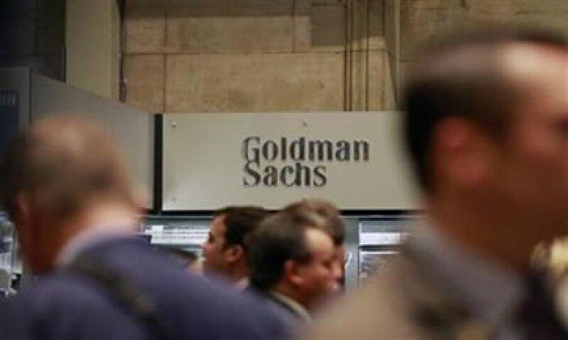 Los analistas esperaban que el banco tuviera ingresos por 4,300 mdd. (Foto: AP)