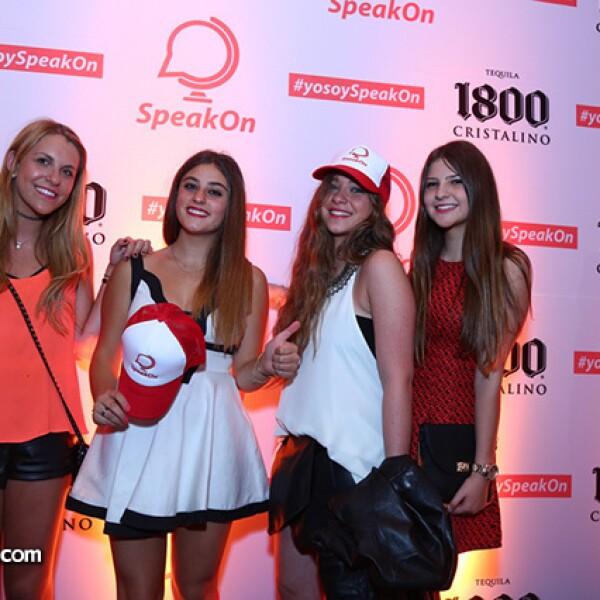 Nelly Salad,Nicole Betech,Daniela Dichi y Yolanda Daba