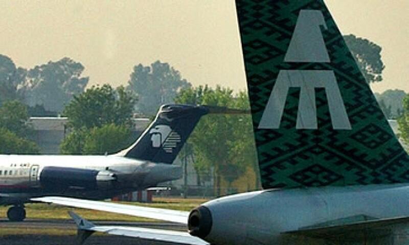 Desde hace tiempo Banorte ha manifestado su disposición de capitalizar el dinero que le debe la línea aérea. (Foto: AP)