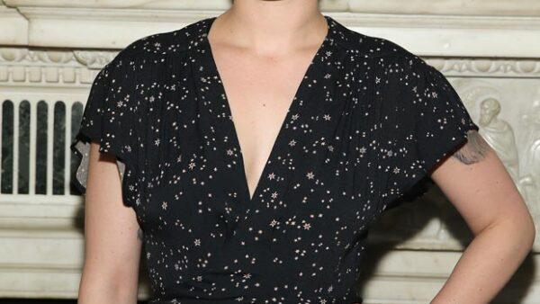 La hija de Demi Moore y Bruce Willis se unió a la lista de artistas que no dejan pasar por alto el exceso de retoque en sus fotos.