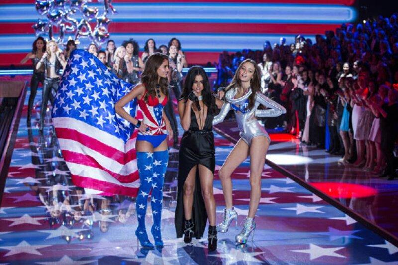 """La cantante quiso """"entrenar y no comer nada"""" después de compararse con modelos como Kendall Jenner y Gigi Hadid en el desfile de la famosa marca."""