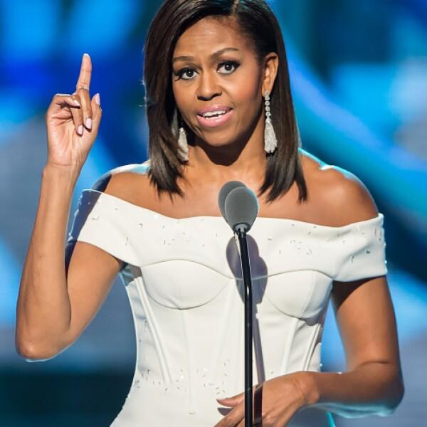La Primera Dama de Estados Unidos, Michelle Obama, es más que la esposa del presidente. Con su programa contra la obesidad, ha logrado cambiar el estatus de la salud en su país.