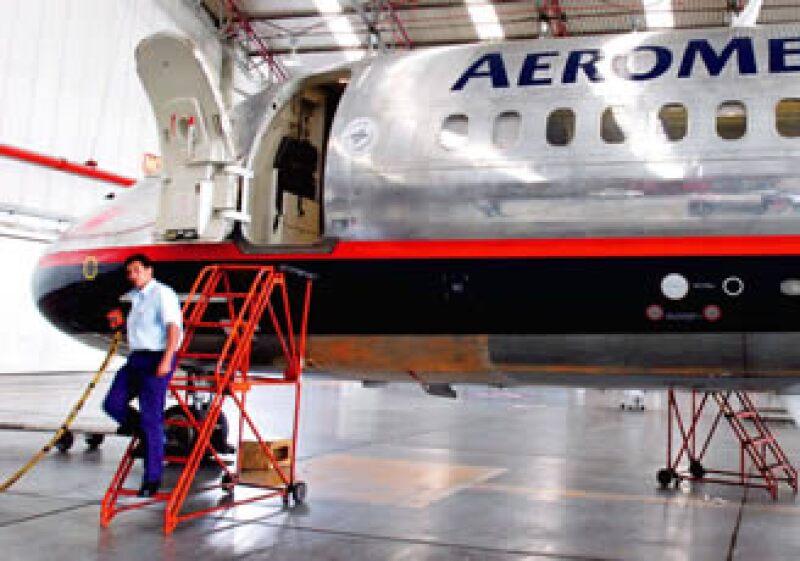 El costo de nómina representa 34% del total de los gastos de Aeroméxico y Mexicana, según datos de las propias firmas; para sus competidores en Latinoamérica es de 15%. (Foto: Susana González)