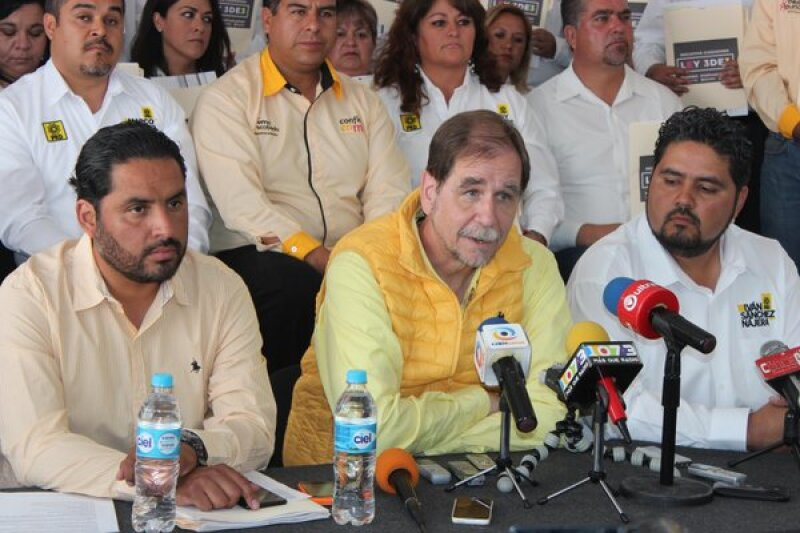 El dirigente perredista busca que el partido apruebe sus alianzas políticas. (Foto: Cuartoscuro)