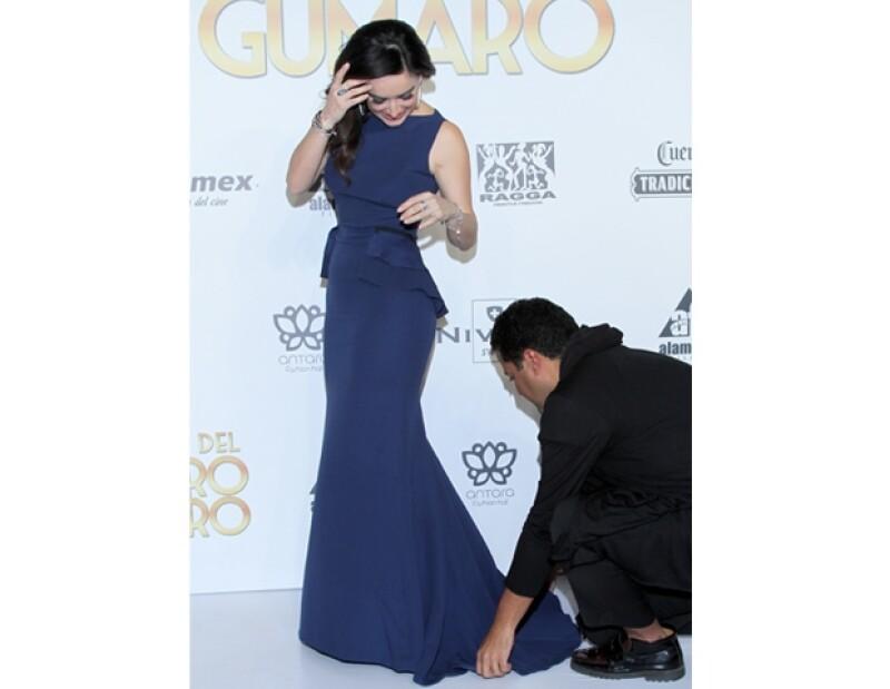 Su stylist, Aldo Rendón, se aseguró que la actriz luciera impecable en todo momento.