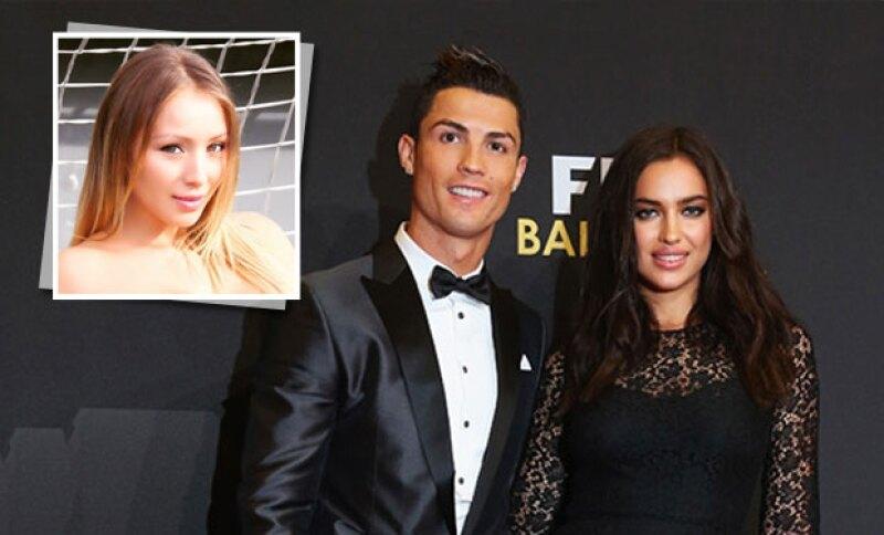 Daniella Chávez,  de origen chileno, confesó haber tenido un encuentro con el futbolista mientras aún era pareja de la modelo rusa.