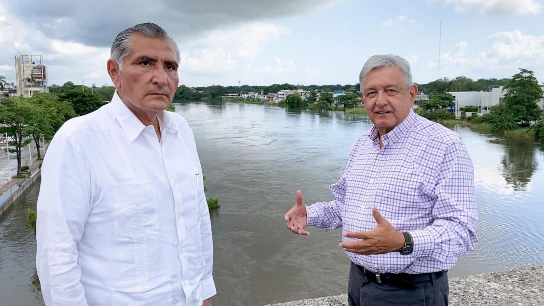 AMLO promete recursos para Tabasco, pese a desaparición del Fonden