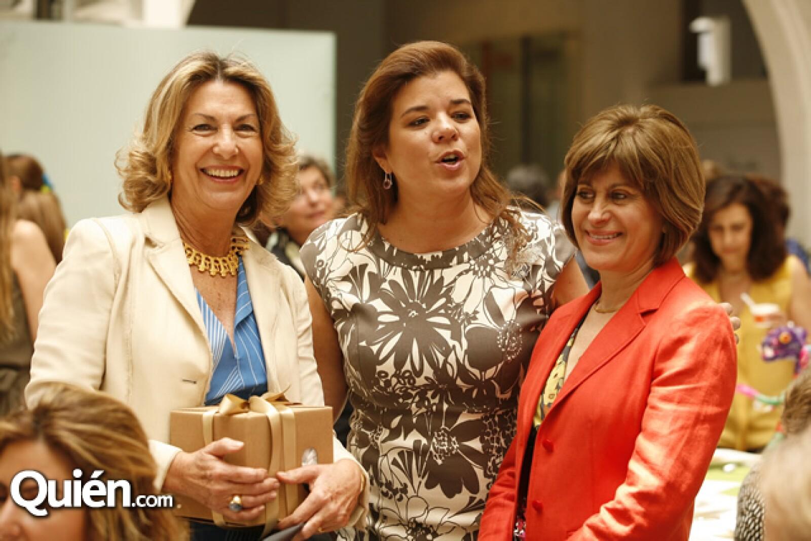 Marie Thérèse Arango, Sonya Santos y María Eugenia Guajardo