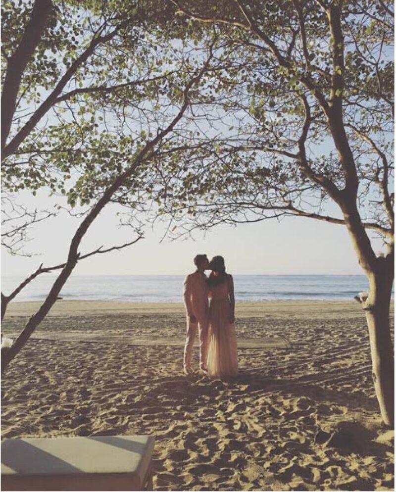 Con esta foto la pareja confirma su noviazgo.
