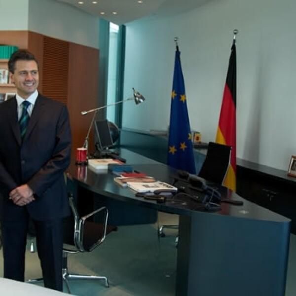 Angela Merkel recibe a Enrique Peña Nieto