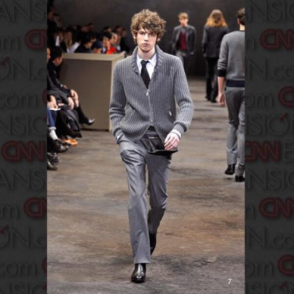 Por su parte Hermès, bajo la batuta del diseñador Jean-Paul Gaultier, creó piezas que también se basan en la franela y micro-fibras para esta temporada.