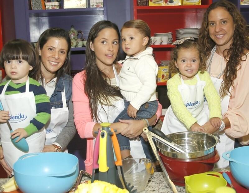 Gabriela de la Cabada, Patricio Islas, Marcela Valencia, Emiliano Ramos, Macarena Incera y Belinda Murada.