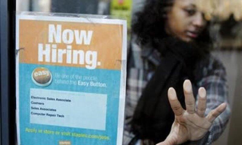 La cifra de enero fue revisada para mostrar la creación de 173,000 empleos. (Foto: Reuters)