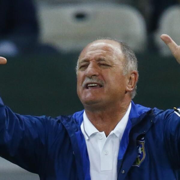 El director Técnico Luiz Felipe Scolari sufrió con sus manos cada uno de los 7 dardos que acabaron con la fiesta de un país.