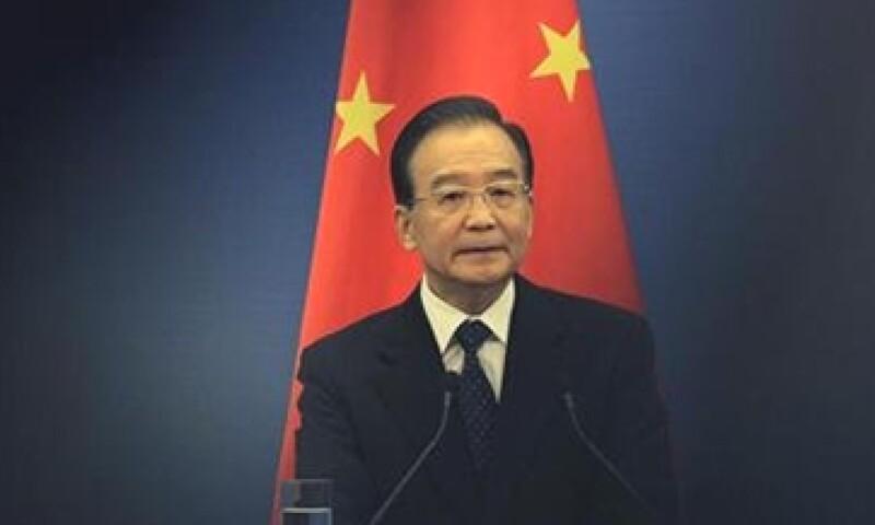 El primer ministro, Wen Jiabao, advirtió que las penurias económicas podrían perdurar por algún tiempo. (Foto: Reuters)