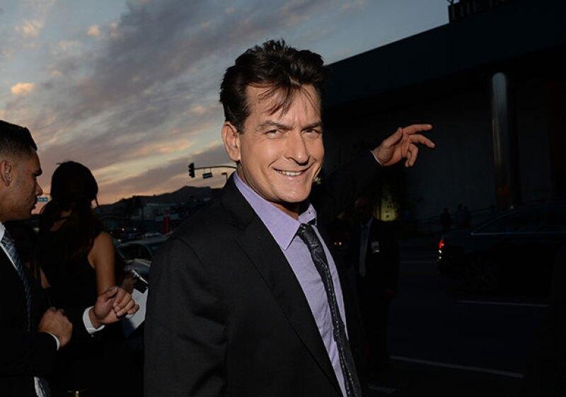 Sheen ha causado polémica por su vida sexual tras revelar que es VIH positivo.