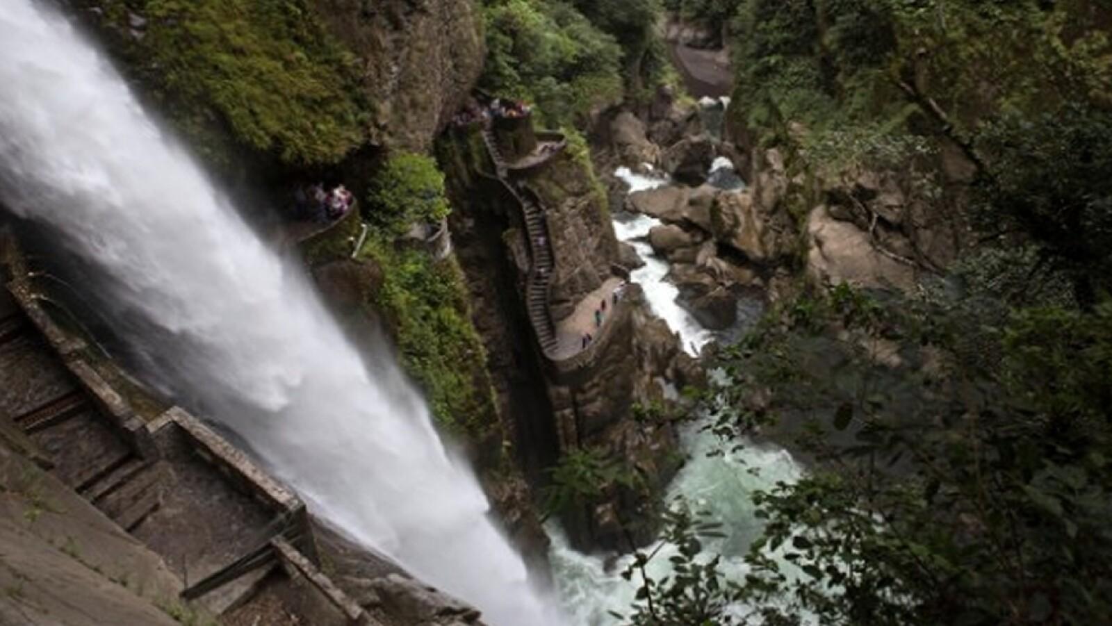 Cascada Pailón del Diablo, Ecuador