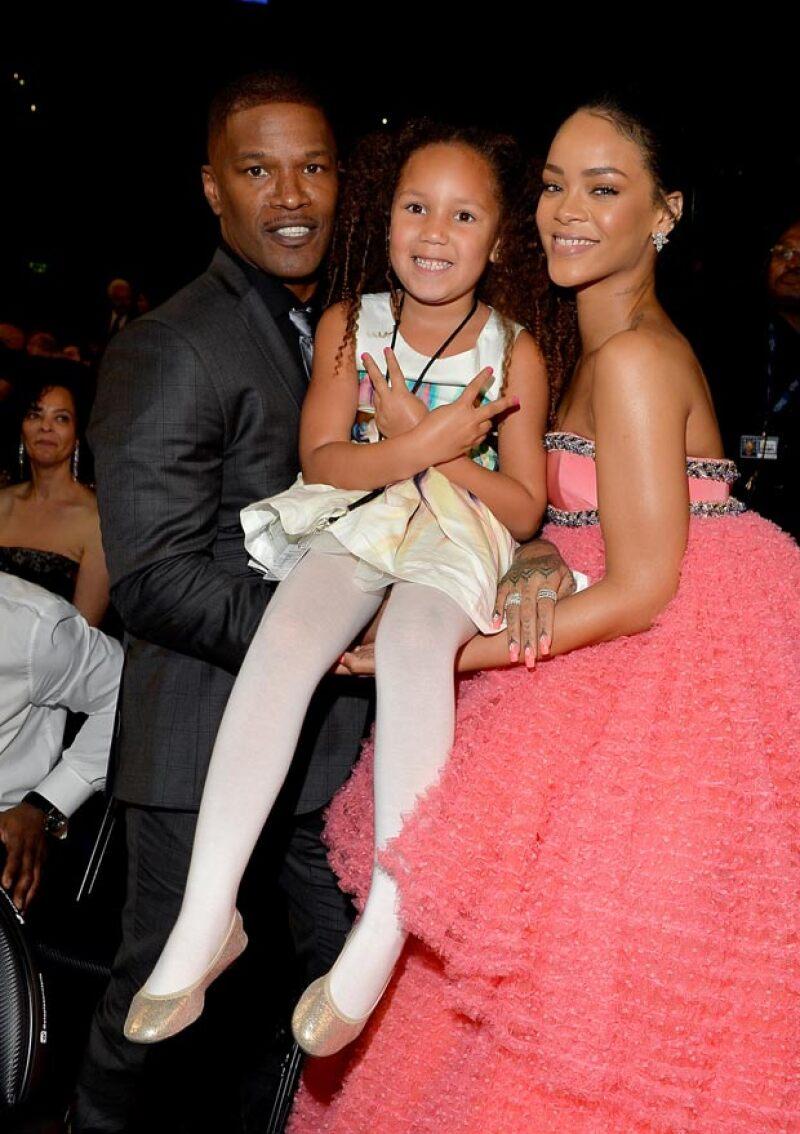 Rihanna también convivió con la pequeña Annalise, hija del actor Jamie Foxx.