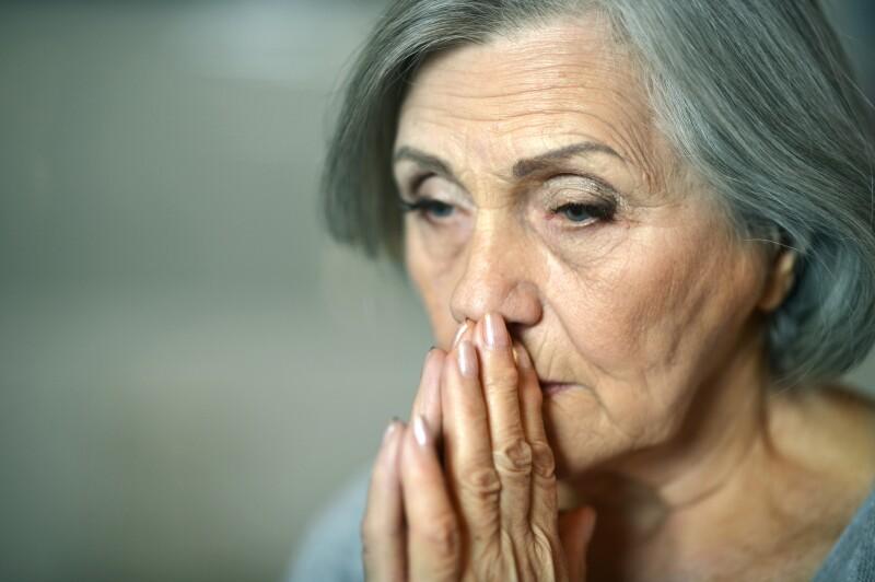 Mujeres ancianas,